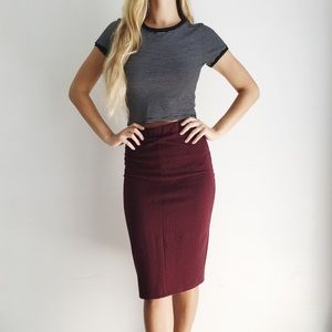 Dresses & Skirts - burgundy midi skirt